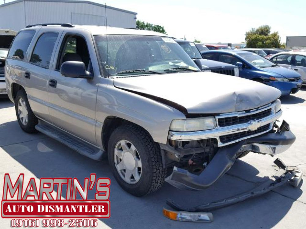 2003 Chevy Tahoe (FOR PARTS)