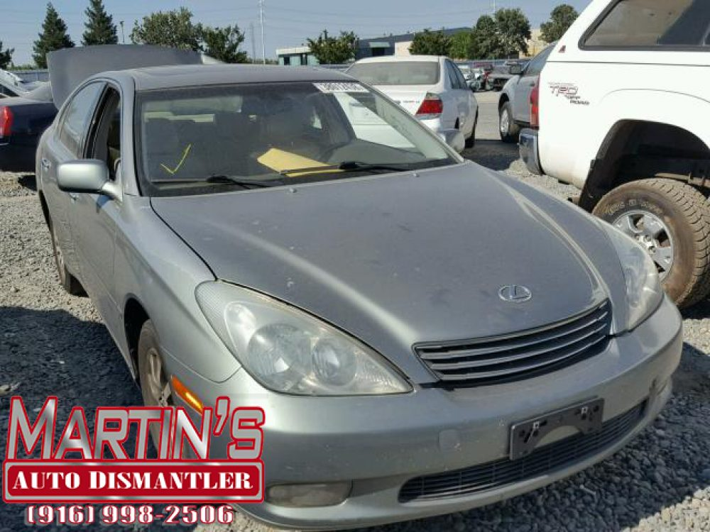 2003 Lexus ES 300 (FOR PARTS)