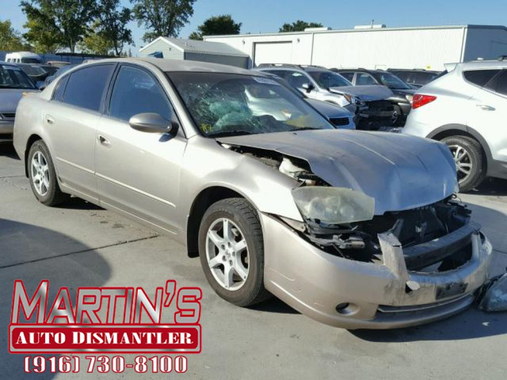 2005 Nissan Altima S (FOR PARTS)