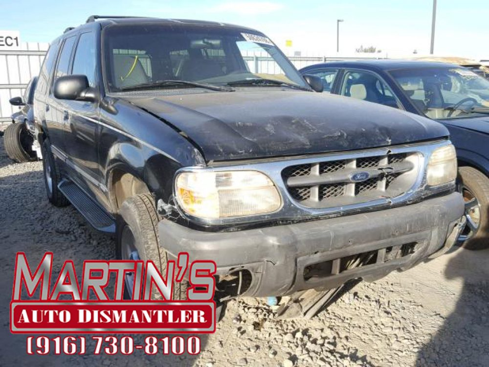 1999 Ford Explorer (FOR PARTS)