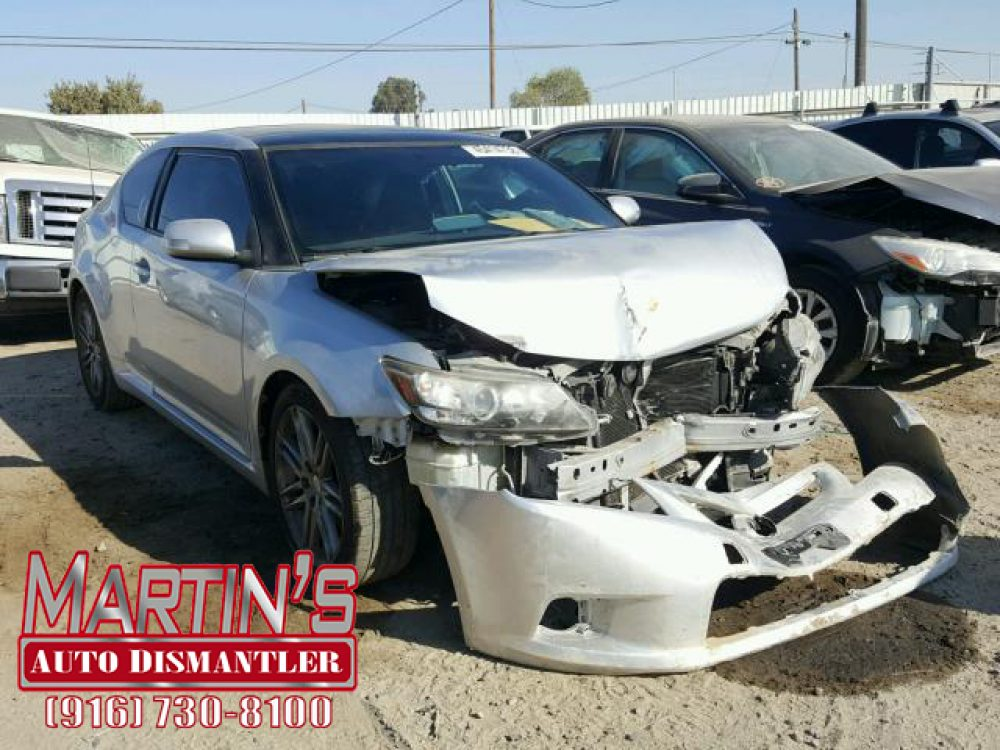 2011 Toyota Scion TC (FOR PARTS)