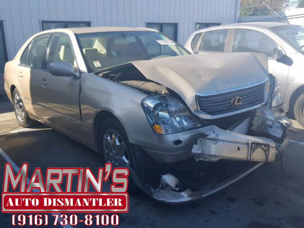 2001 Lexus LS 430 (FOR PARTS)
