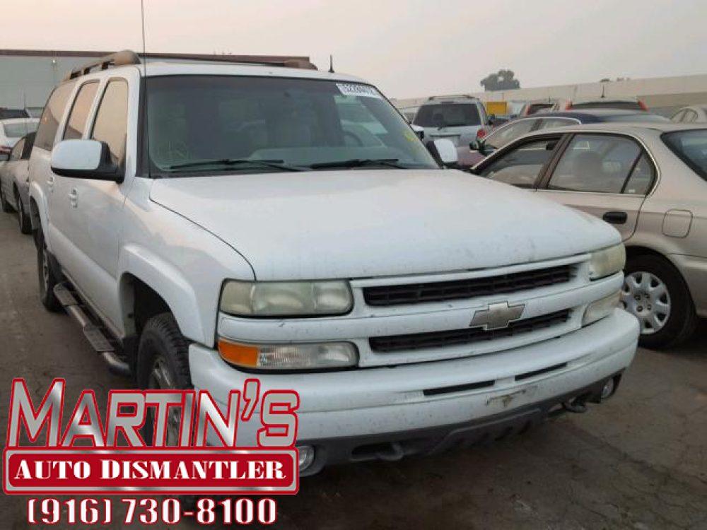 2002 Chevrolet Suburban k1500 (FOR PARTS)