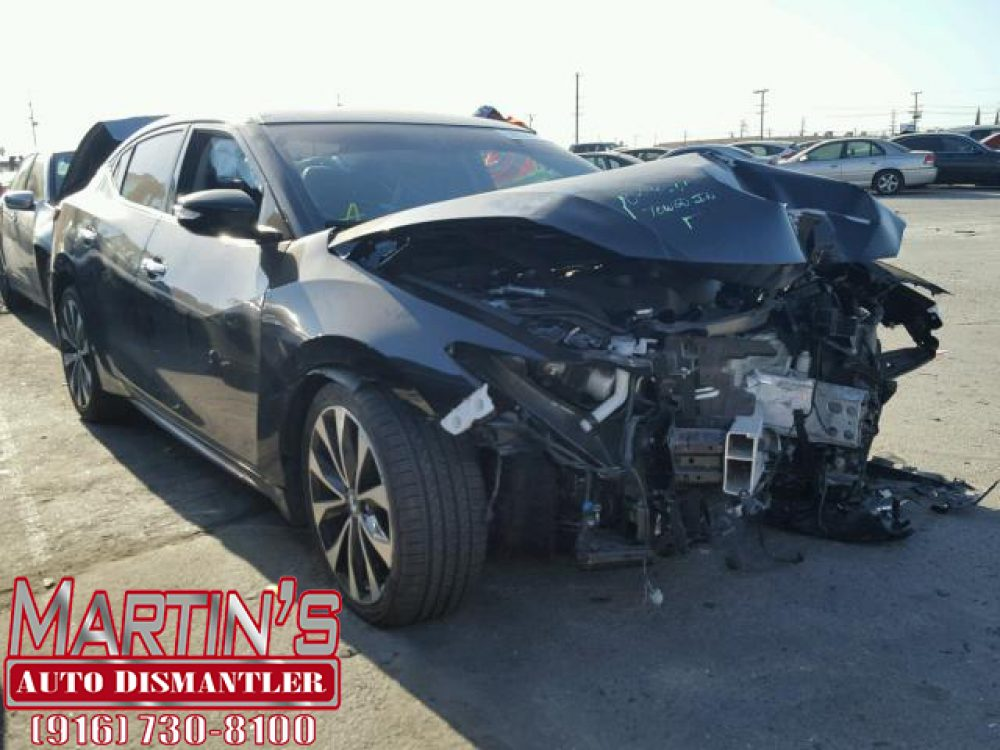 2017 Nissan Maxima 3.5S (FOR PARTS)