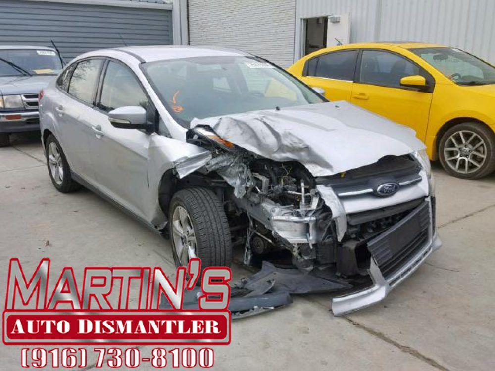2013 FORD FOCUS SE (FOR PARTS)