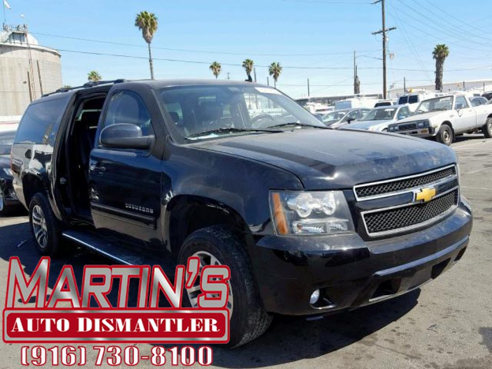 2013 Chevrolet Suburban LT (FOR PARTS)
