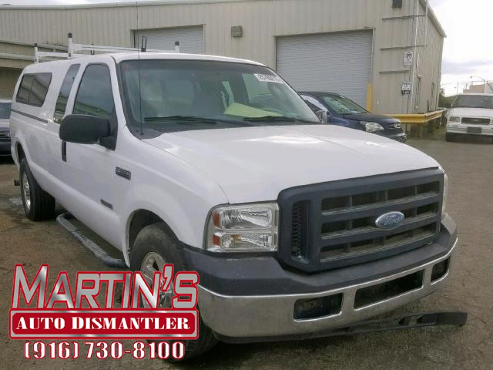 2006 Ford F350 SRW Super Duty  (FOR PARTS)
