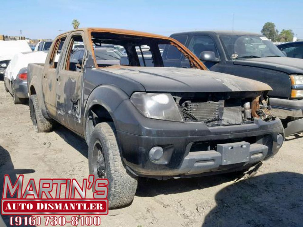 2015 Nissan Frontier S (FOR PARTS)