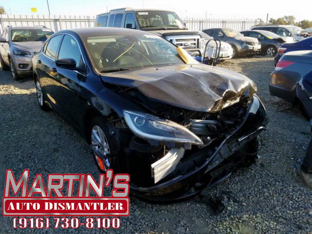 2015 CHRYSLER 200 LIMITED (For Parts)