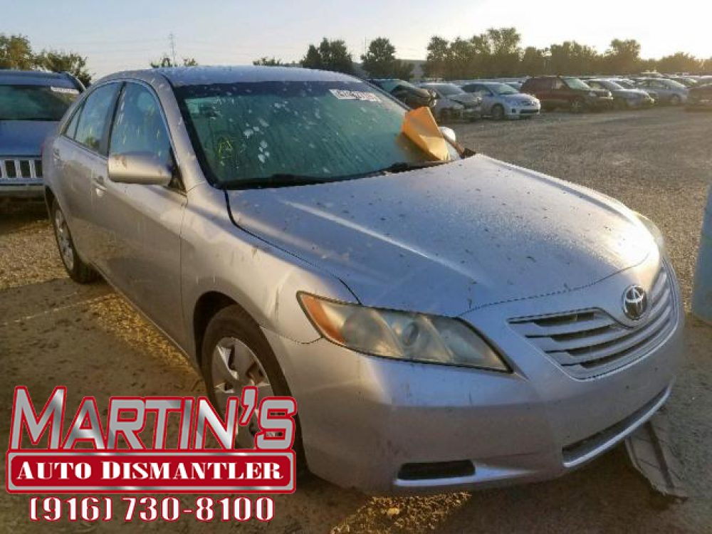 2009 TOYOTA CAMRY BASE (For Parts)